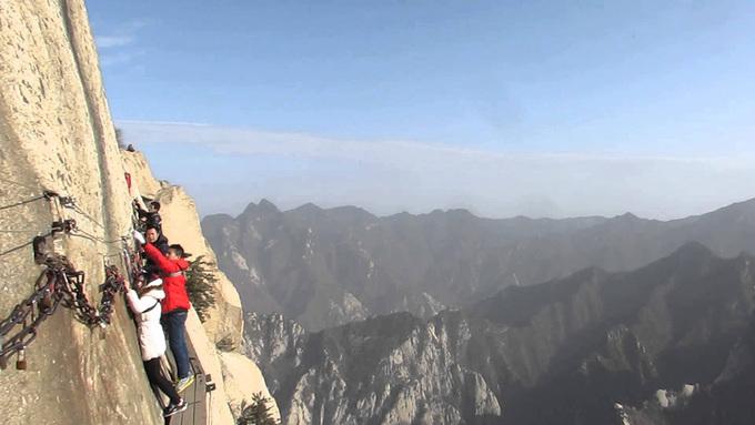 Mount Huashan 1532653504 680x0